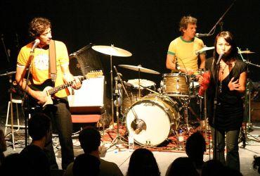 Cantores e bandas: Sambasonics