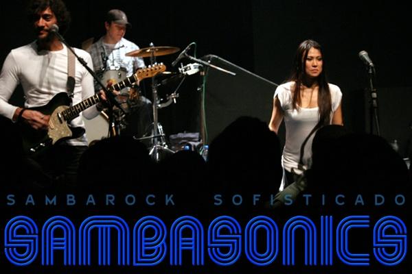 Teatro Mars – Sambasonics com Francine Missaka