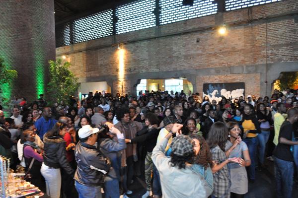 Multiplicando samba rock na Pílula de Cultura