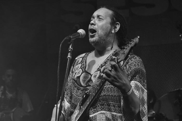 Cantores e bandas: Luis Vagner – O Guitarreiro