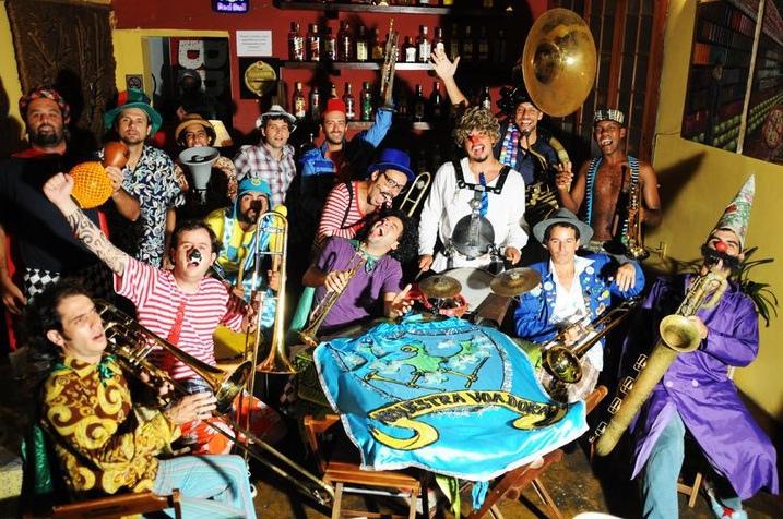 Cantores e bandas | Orquestra Voadora