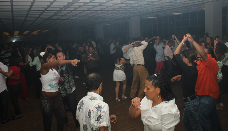 Fotos | Baile Transa Chic no Esporte Clube Banespa