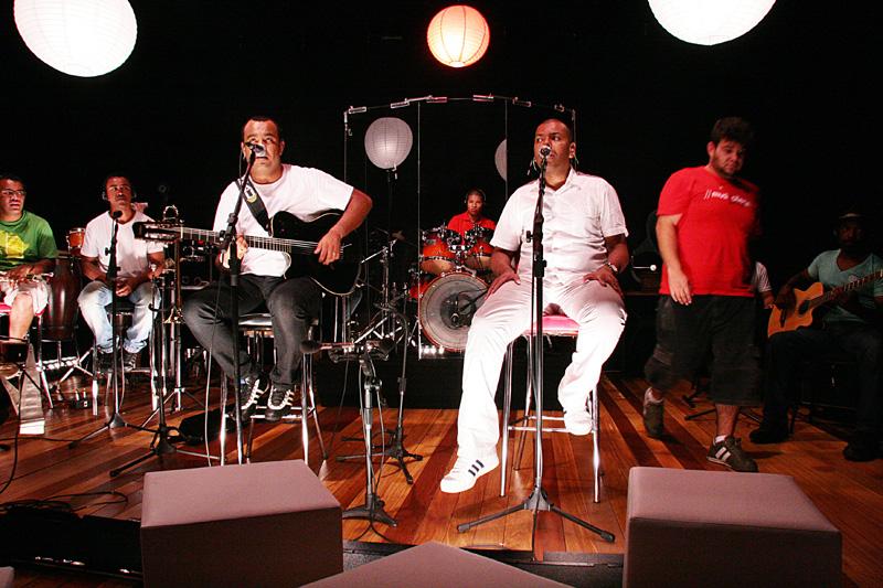 Cantores e bandas | Projeto Pentefyno é samba rock do Sul do Brasil