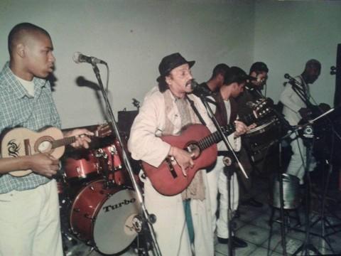 Bedeu no palco (chapéu) - Divulgação