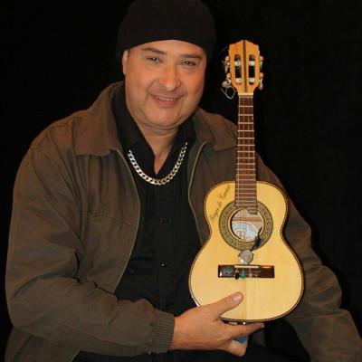 Royce do Cavaco se apresenta em grande show na zona leste