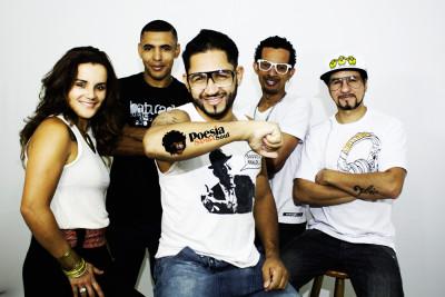 Poesia Samba Soul faz show intimista e aconchegante ao amantes do samba rock neste sábado