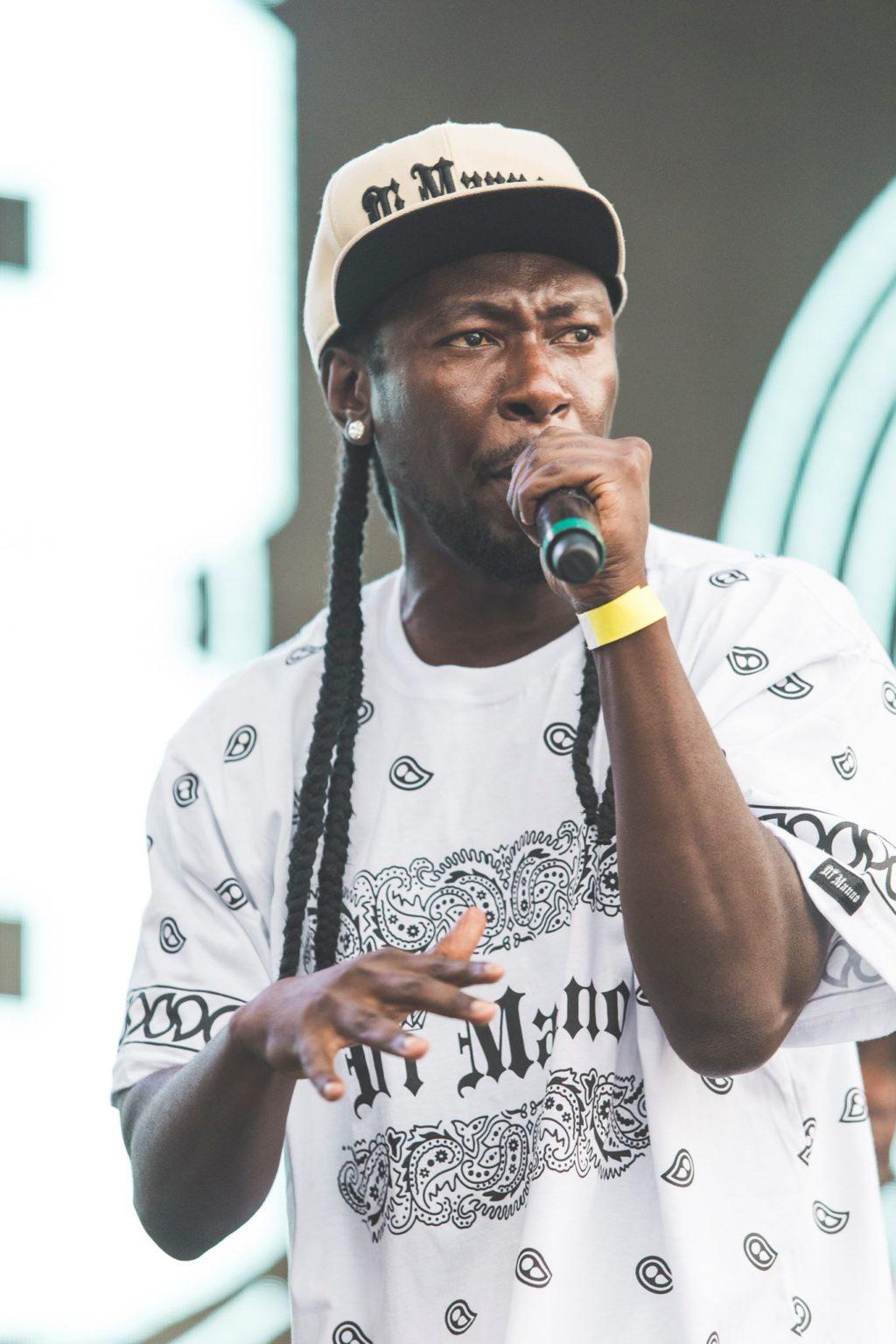 Rapper Dom Black realiza show no SESC e traz samba rock no repertório